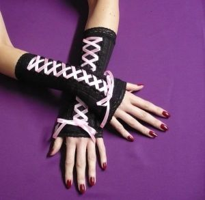 Candy_Goth_Arm_Warmers_by_Estylissimo